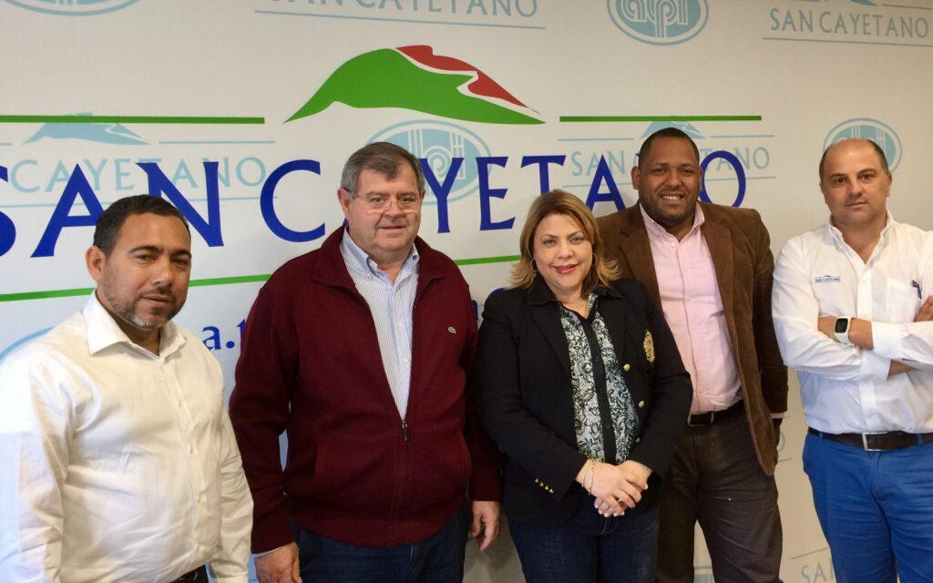 Visita de UNPHU y BANCO DE RESERVAS
